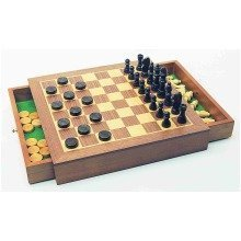 Deluxe Chess, Checkers & Draughts