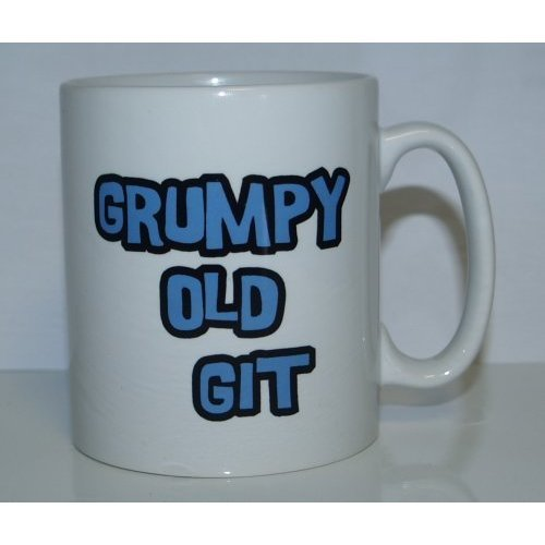 Ideal Gift//Present I/'M HAPPILY OWNED BY A RAGDOLL CAT Novelty Printed Mug